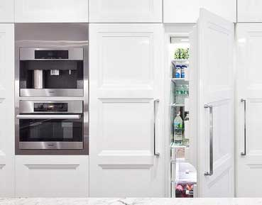 Refrigerator repair in Canoga Park by Top Home Appliance Repair.