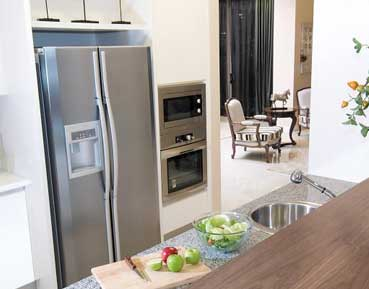 Refrigerator repair in LA County by Top Home Appliance Repair.