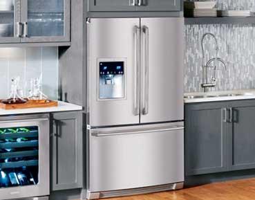 Refrigerator repair in San Fernando by Top Home Appliance Repair.