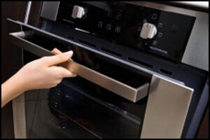 Oven repair by Top Home Appliance Repair.